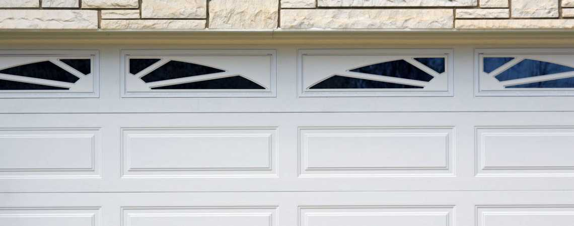 garage door image