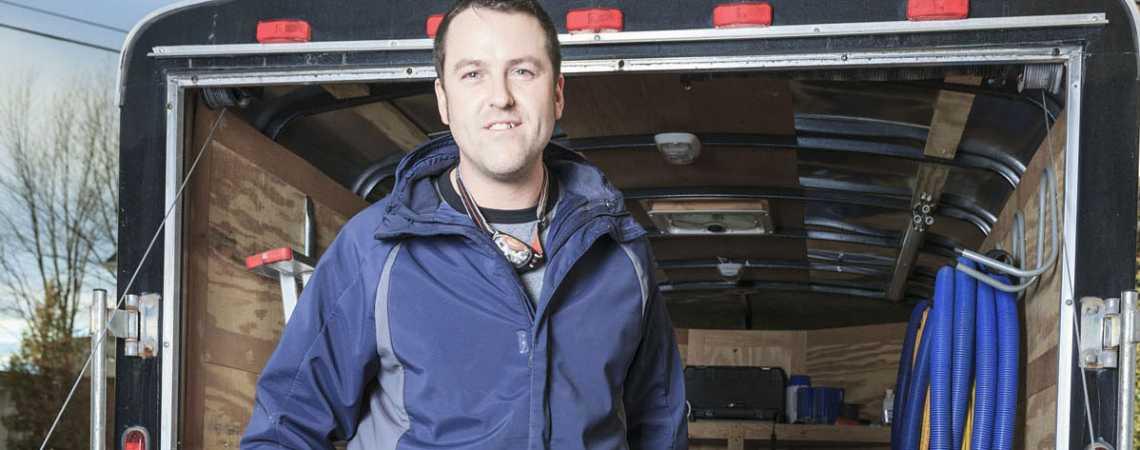 garage door specialist image