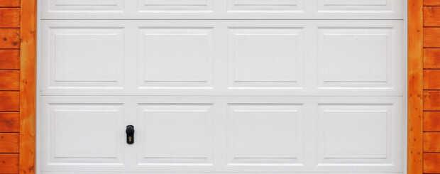 garage door image